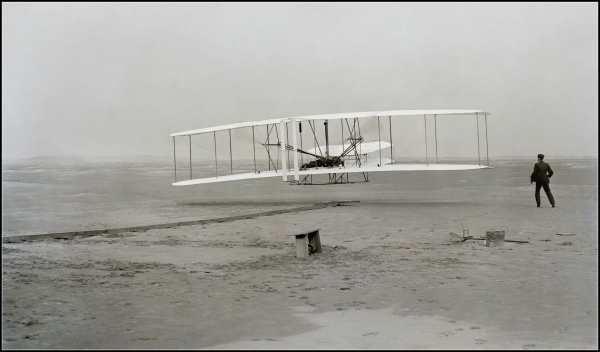 John Daniels photo of the Wright Brothers' first flight