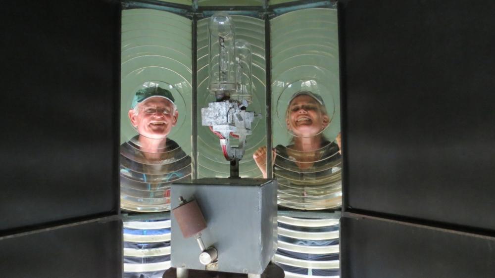 Crazy cruisers inside Fresnel lens