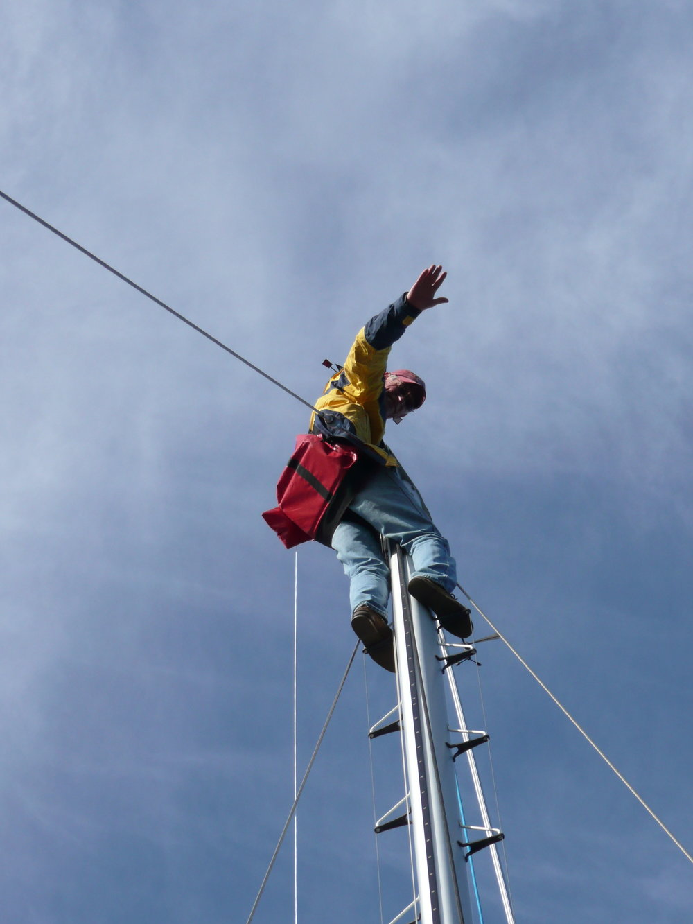 Up Sadko's mast for repair and rigging check