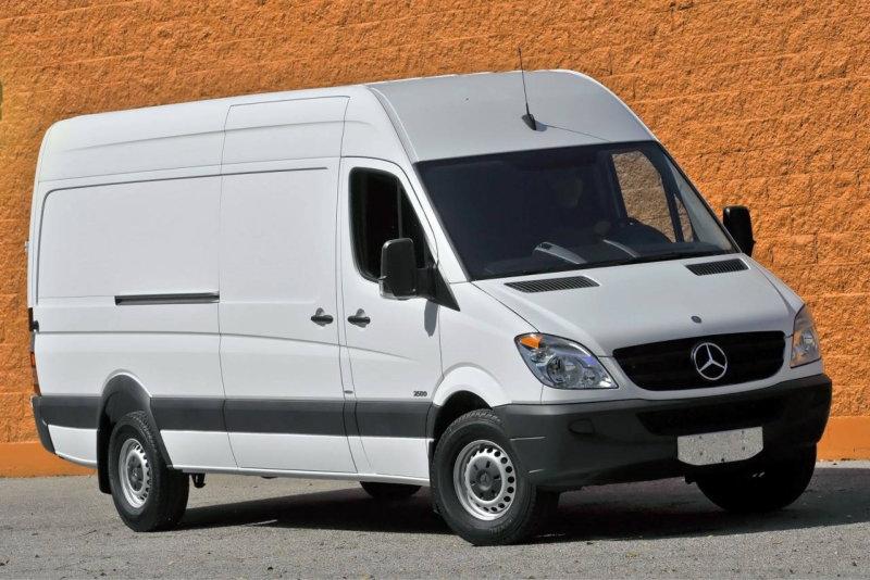 Mercedes Sprinter, medium roof height