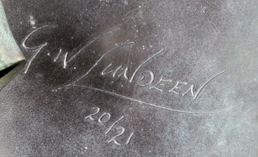 Lundeen signature