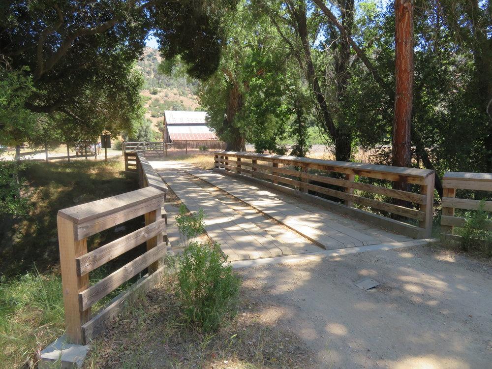 pinnaclesNP1_bridge to Bacon Ranch.JPG
