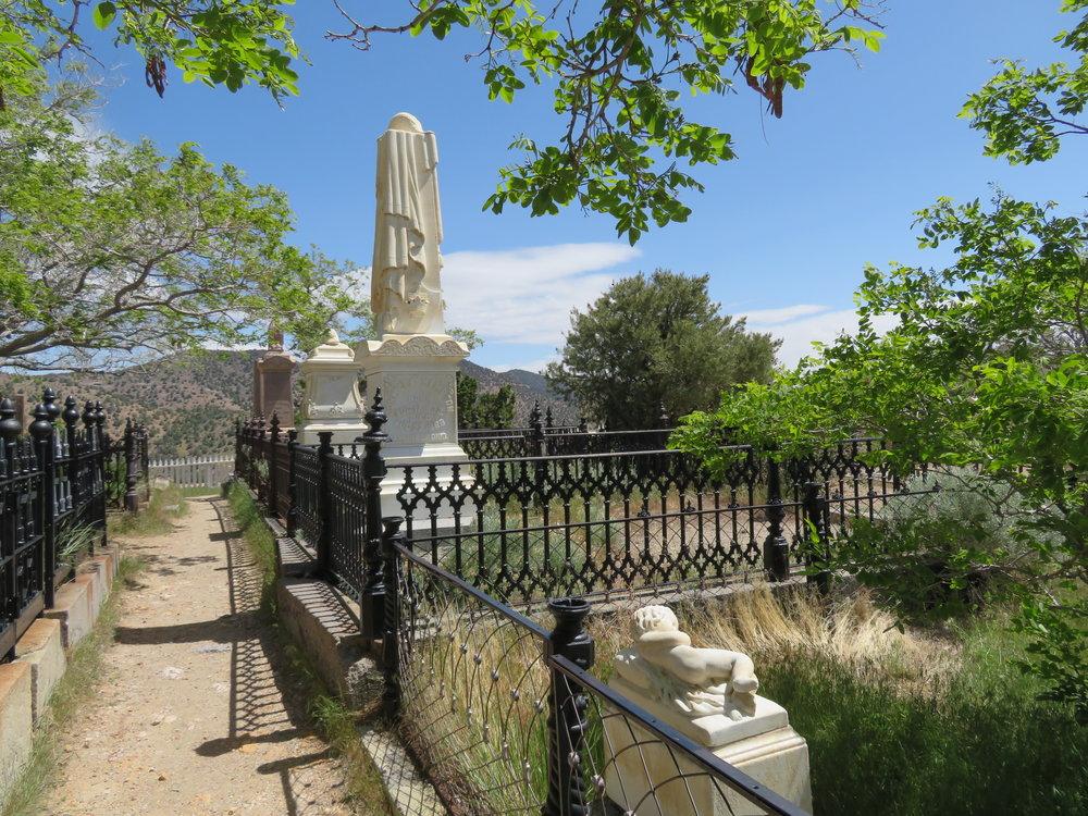 virginiacity_cemetery.JPG
