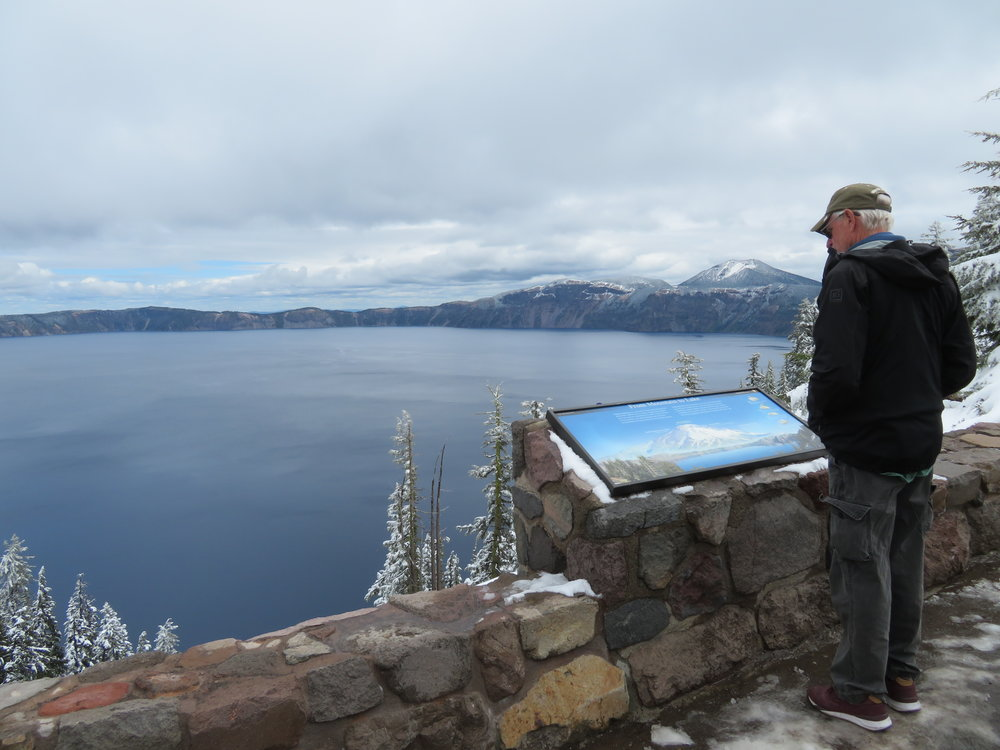 craterlake_view del.JPG