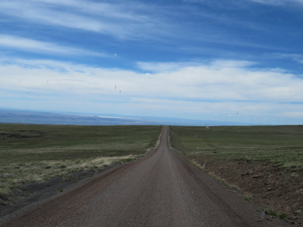 steens_miles of gravel road.JPG