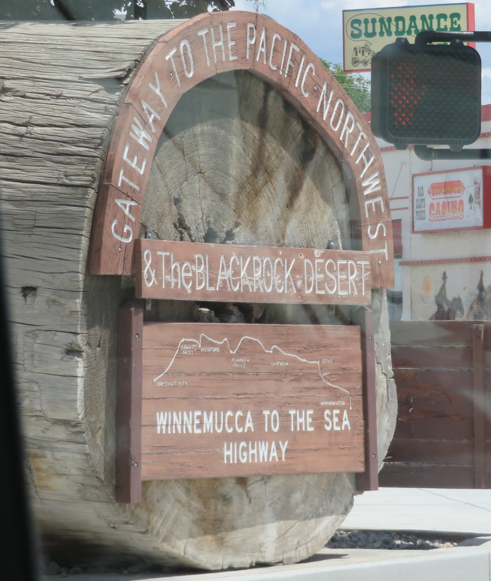 winnemucca_welcome sign.JPG