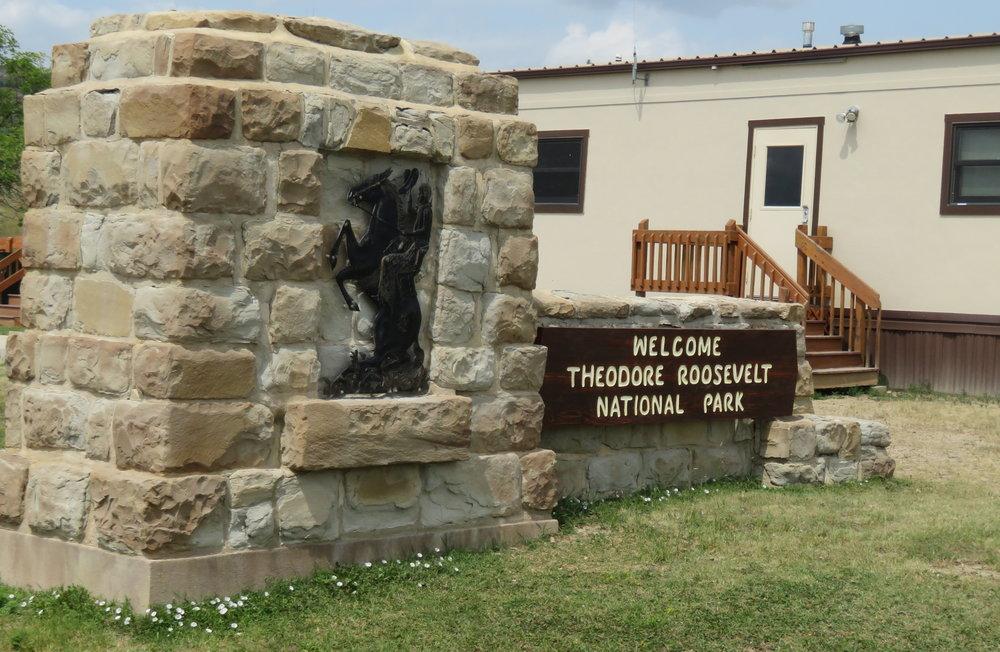 trnp_entrance sign north.JPG