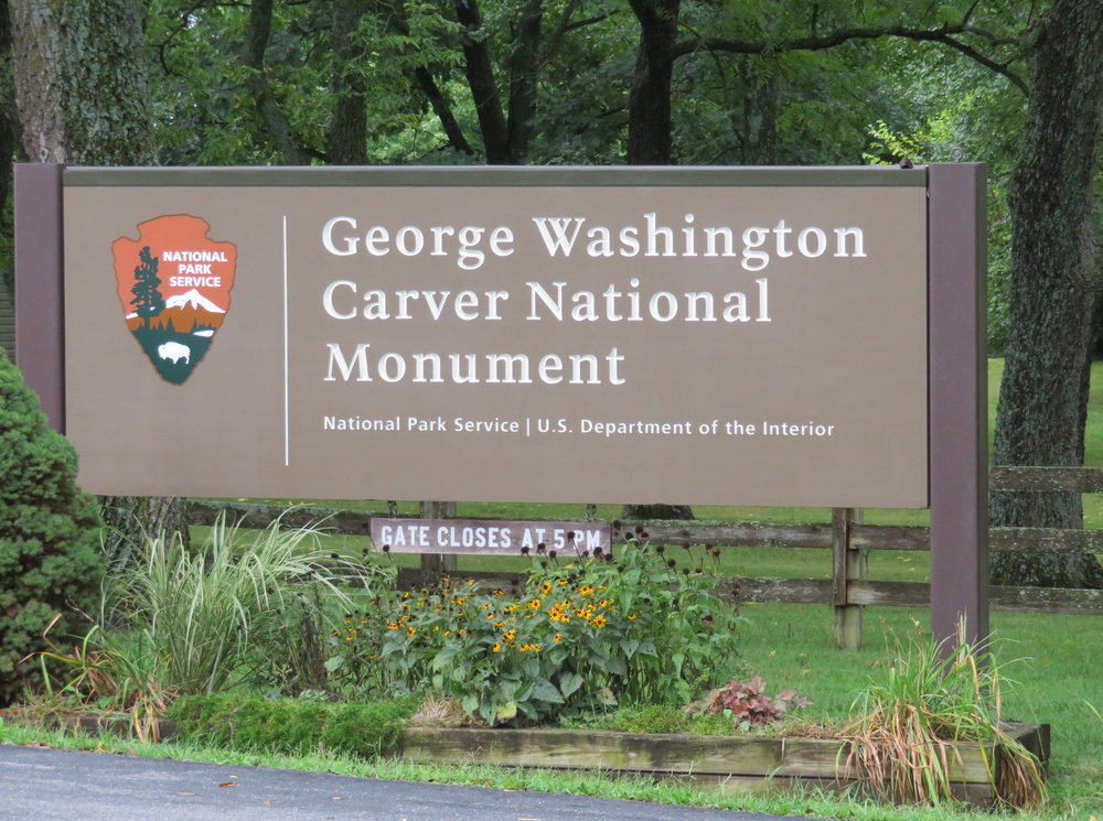GWCarver_entrance sign.JPG