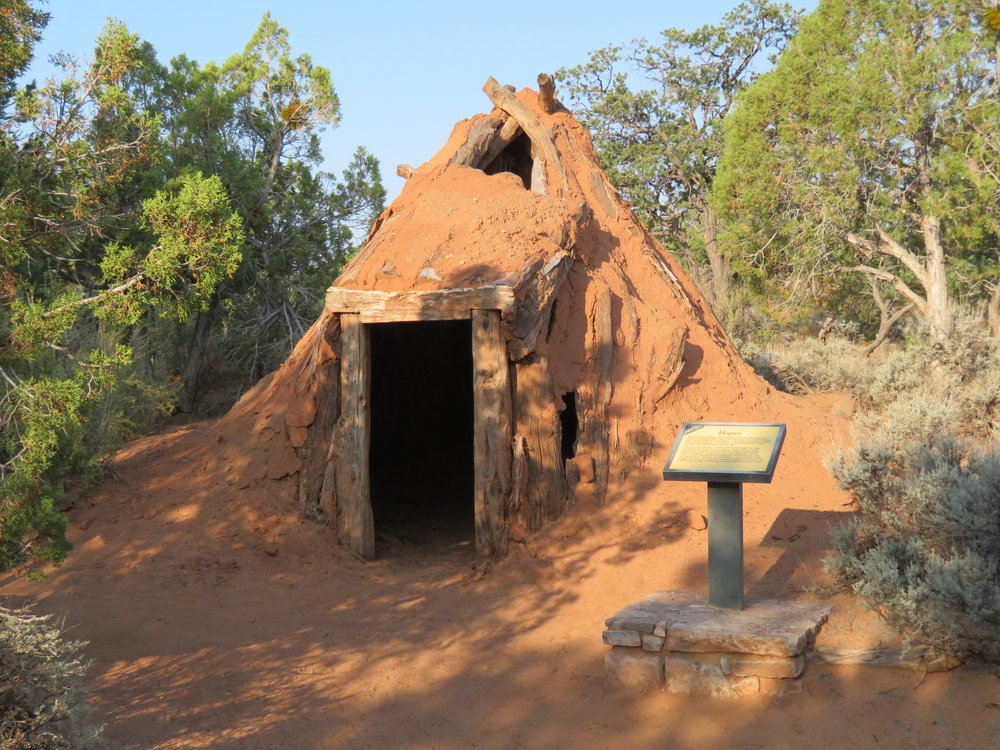 An outside exhibit behind the Visitor's Center contained a hogan, a typical native American dwelling for this part of the country, and a sweat lodge. Though modern housing is in use now on the reservations, many Navajo people still maintain a hogan nearby for traditional ceremonies.