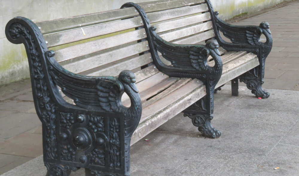 thames bench.JPG