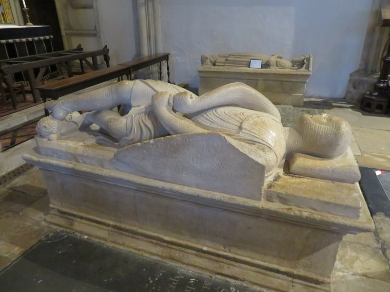dorchester abbey-cross-legged knight.JPG
