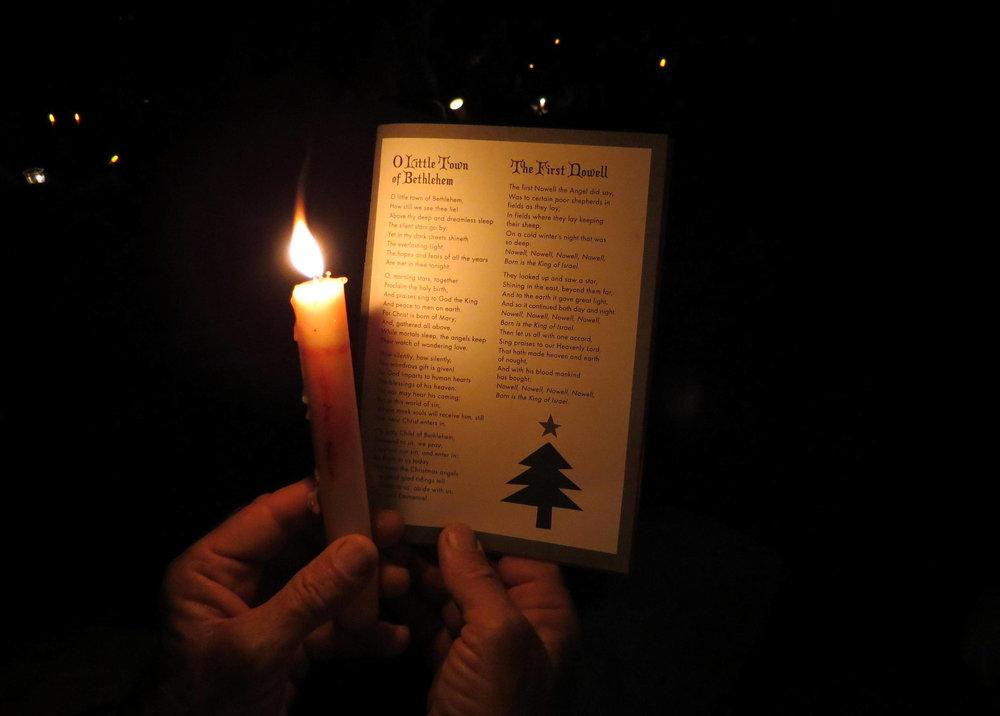 Tree lighting & carols