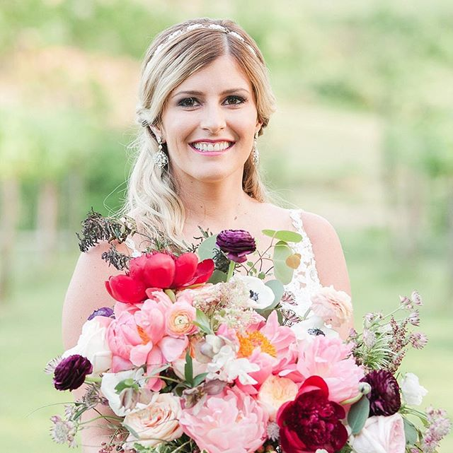 We are so thrilled to share a sneak peek from the photoshoot at Treehouse Vineyards. The brides who stopped by our booth that afternoon will remember the beautiful bouquet Mckensie is holding as the one that our dear friend Melissa, the concept creator and floral designer, created on the spot!  Tag a friend in the comments below!  Vendor credits: Concept and Floral Design by @whatsupbuttercupllc // Planning by @FDPWeddingsAndEvents // Invitation & Paper by @kristenhendersoncalligraphy watercolor by @champagnemaker paper by @fabulousfancypants // Cake by @stlcakes // venue @treehousevineyards // models: @mackkanos - @chryskanos // Rentals from @kateclydes // Hair & Makeup by @sissyduncan // Dress from @JMajorsbridal // Photos by @charlotteweddingcollective // Catering by @kre8xperiences