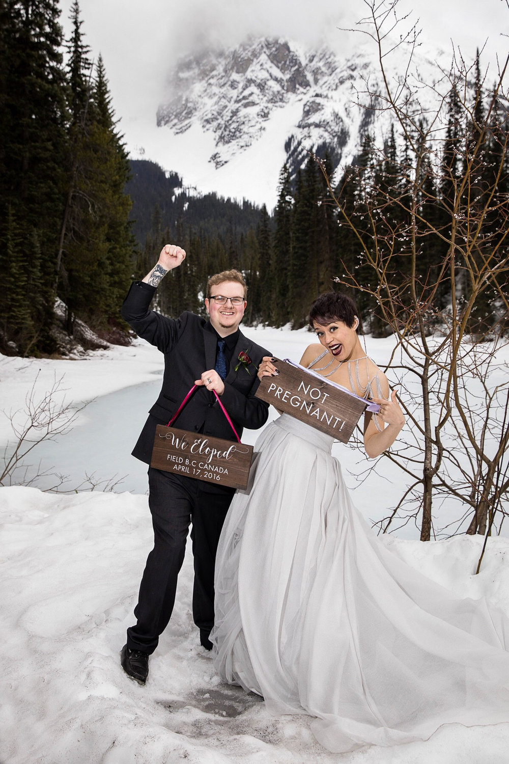 we eloped not prenant sign.jpg