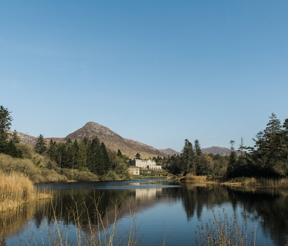 Ballynahinch Castle with blue skies