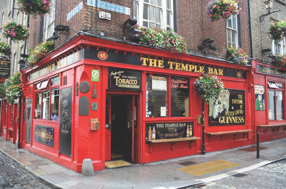 Famous pub in the Temple Bar district in Dublin
