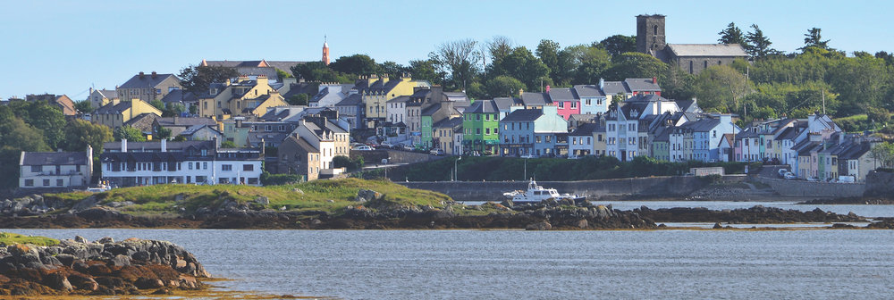 Roundstone Harbour as seen from Inishnee across the bay; Photo by Robert Riddell