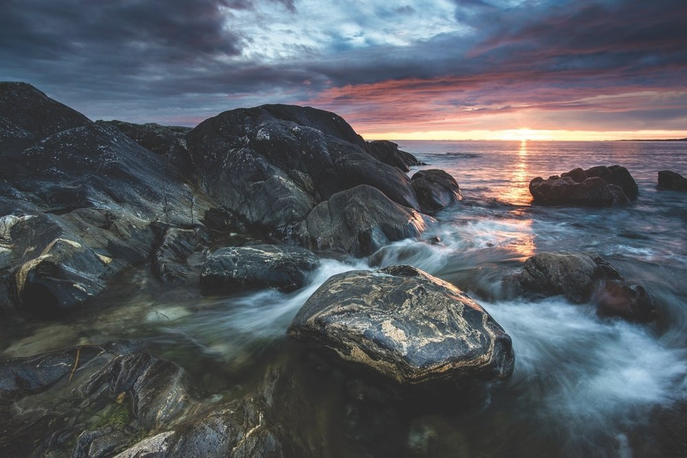 Errislannan shoreline at sunset – Photo by Mark Furniss Photography