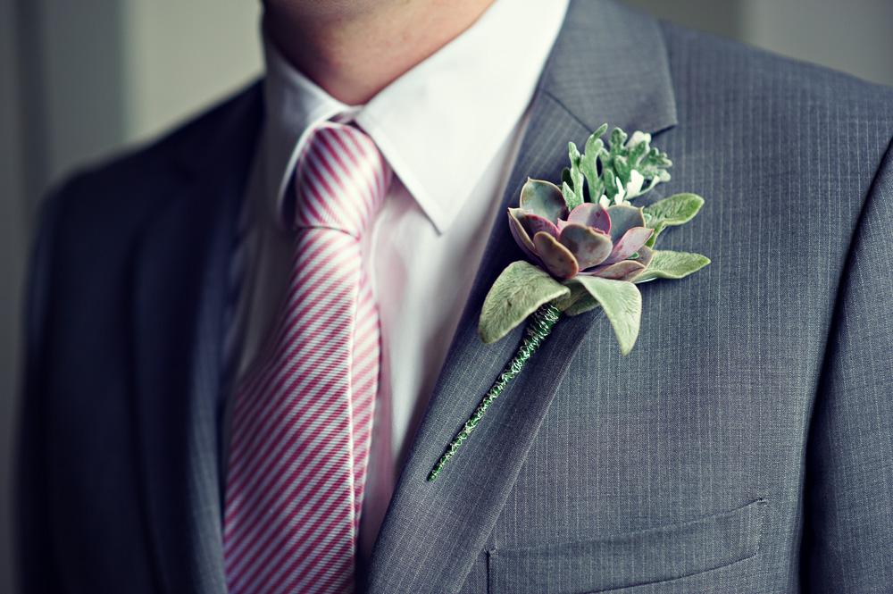 succulent buttonhole.JPG