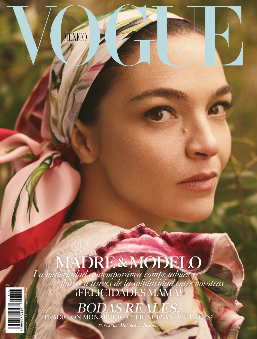 000 Portada Vogue MX Mayo 1.jpg