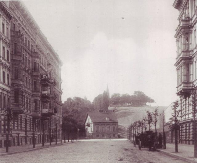 Kreuzberg in Berlin, seen from Großbeerenstraße, 1887, photo: F. Albert Schwartz