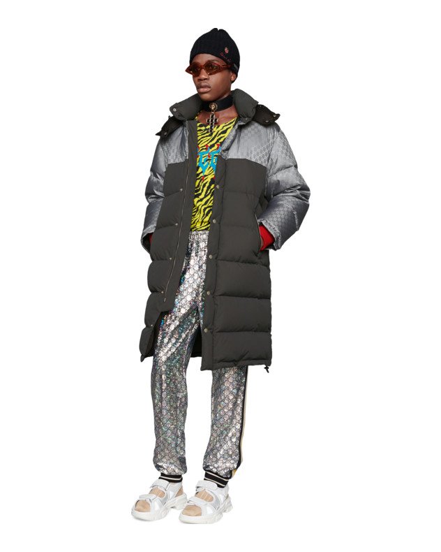 Photo: Gucci   グッチ メタル・虹色・GG トラック・パンツ