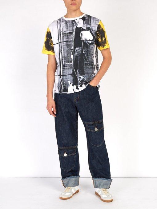 Photo: matchesfashion   JW アンダーソン 限定・X Gilbert & George プリント Tシャツ