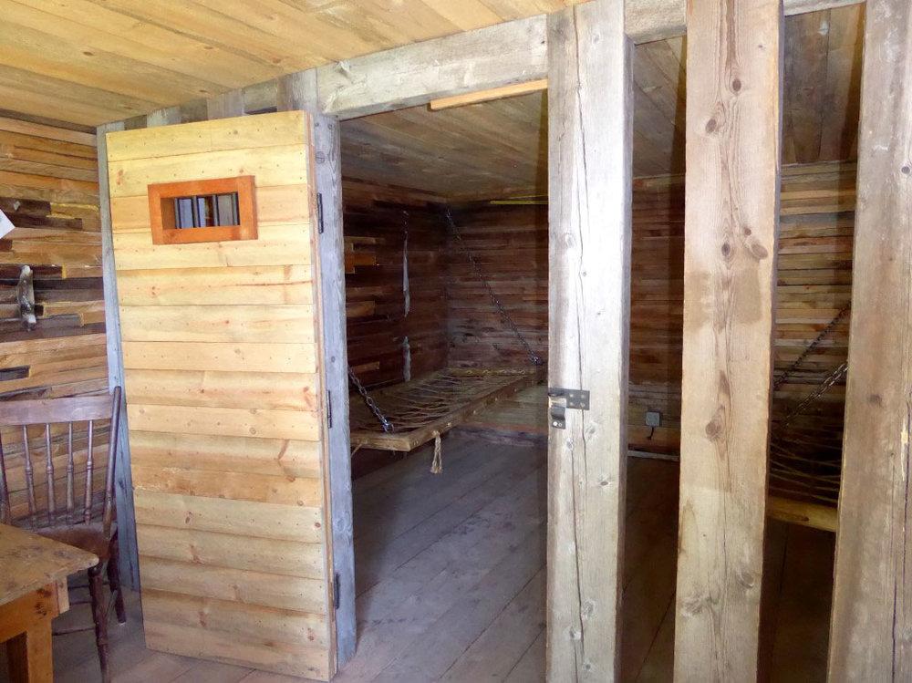 HOOSCOW interior