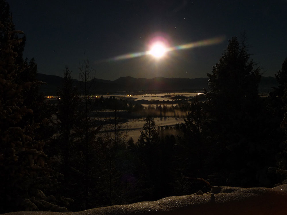 Scenic-Winter-full-moon-over-Ovando.jpg