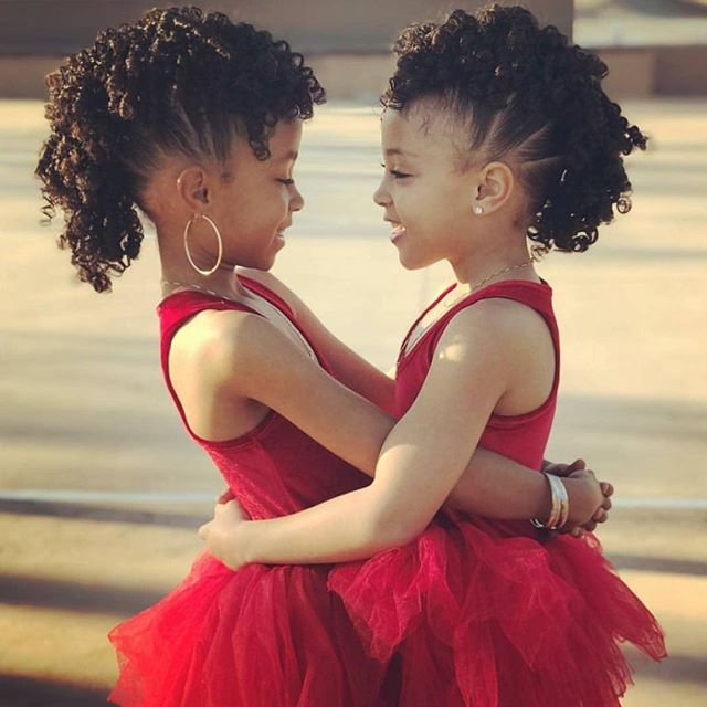 ✨Sister Love ❤️ Sister Goals ❤️ Sister Magic✨ #takenote #twinningtuesday #cherishher #foreversisters #herstoryhersuccess #blackgirllove #youngbeauty #February❤️ #naturallycurly #naturallykinky #naturallyamazing #pasadenayaawc