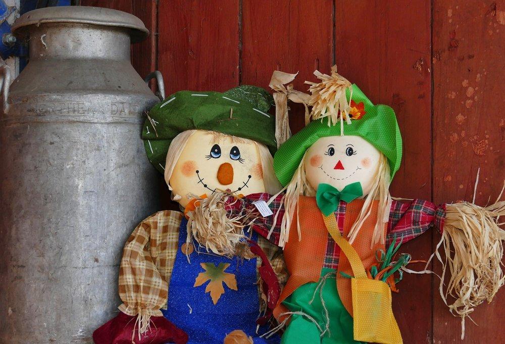 scarecrow-1147707_1280.jpg