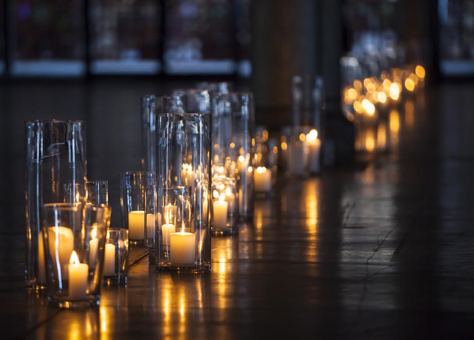 teamevent_atp_wedding_candles.jpg