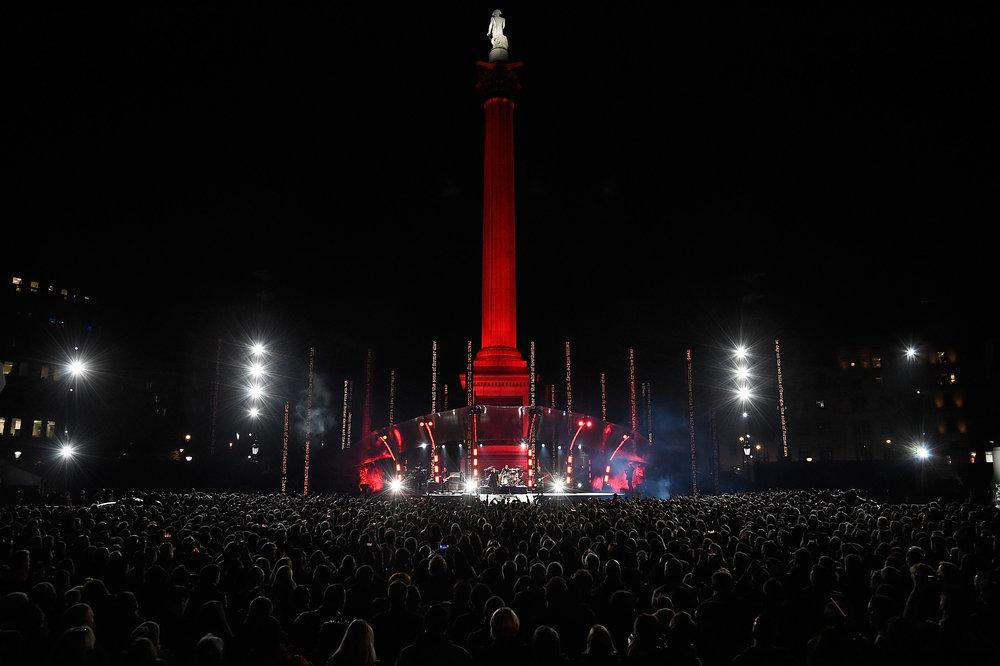 U2_Trafalgar_Square_013.jpg