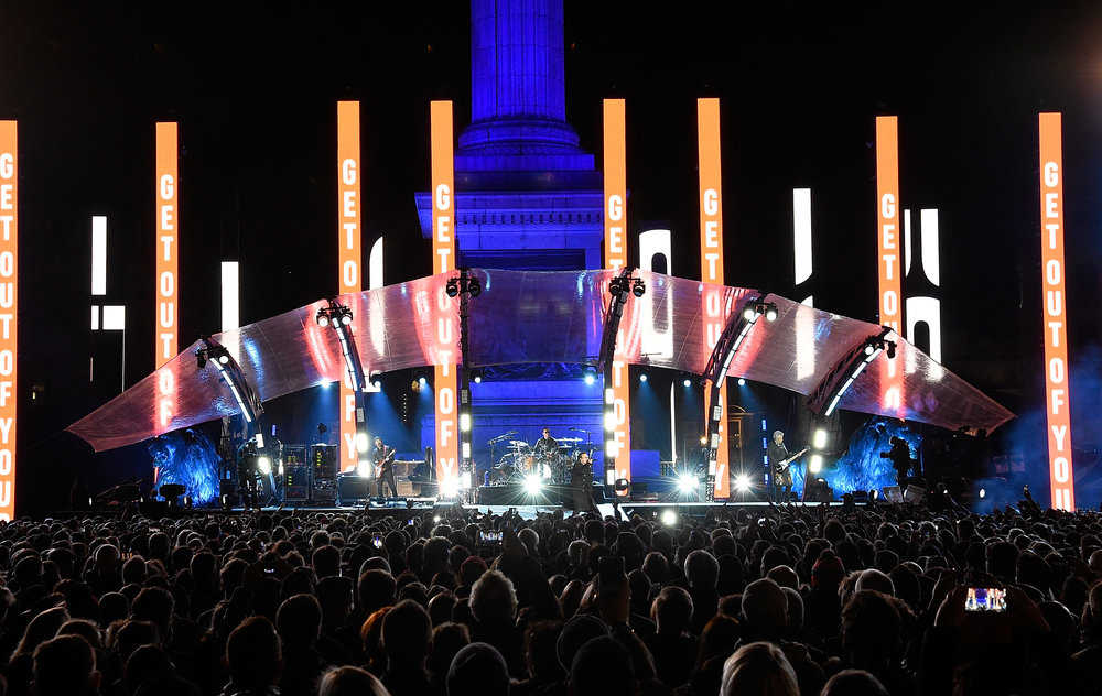 U2_Trafalgar_Square_011.jpg