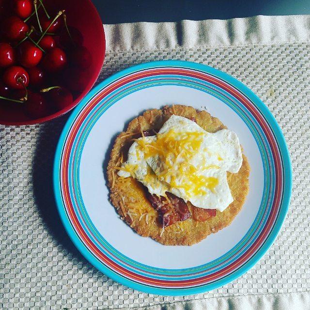 Apepas - eggs - bacon - queso.jpg