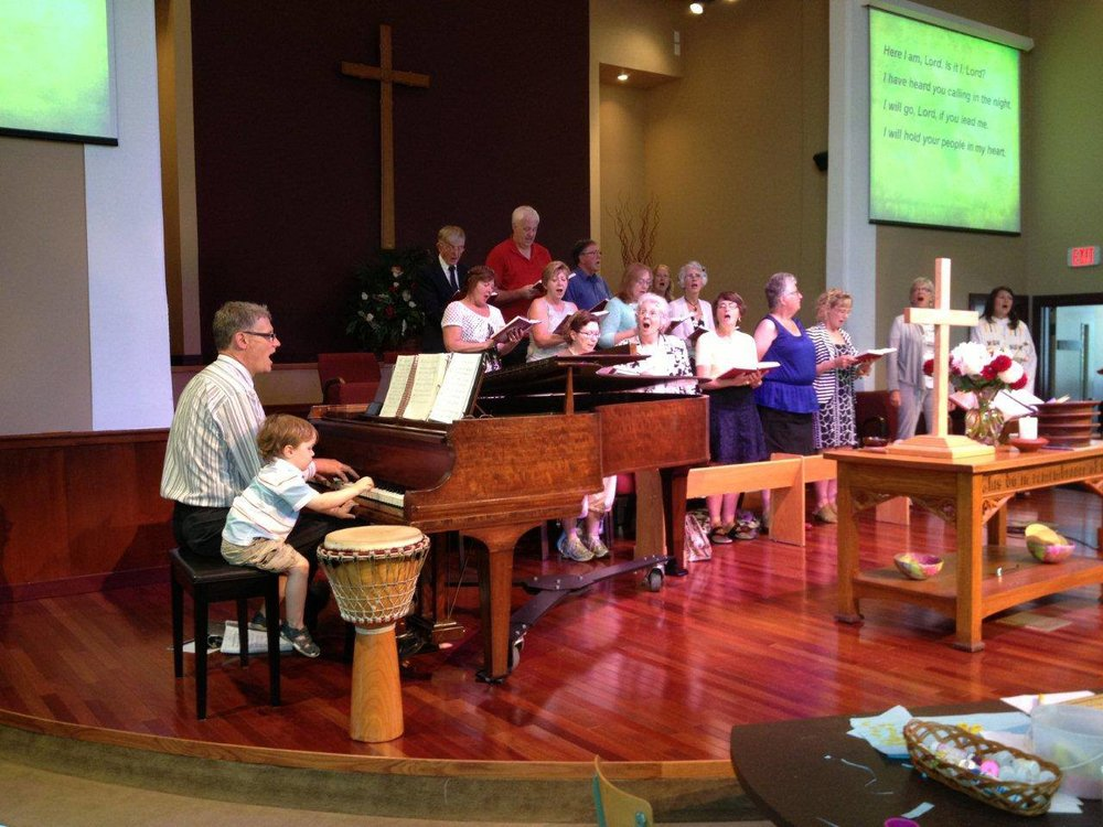 Worshiping God with music and community, at Oak Bay United Church