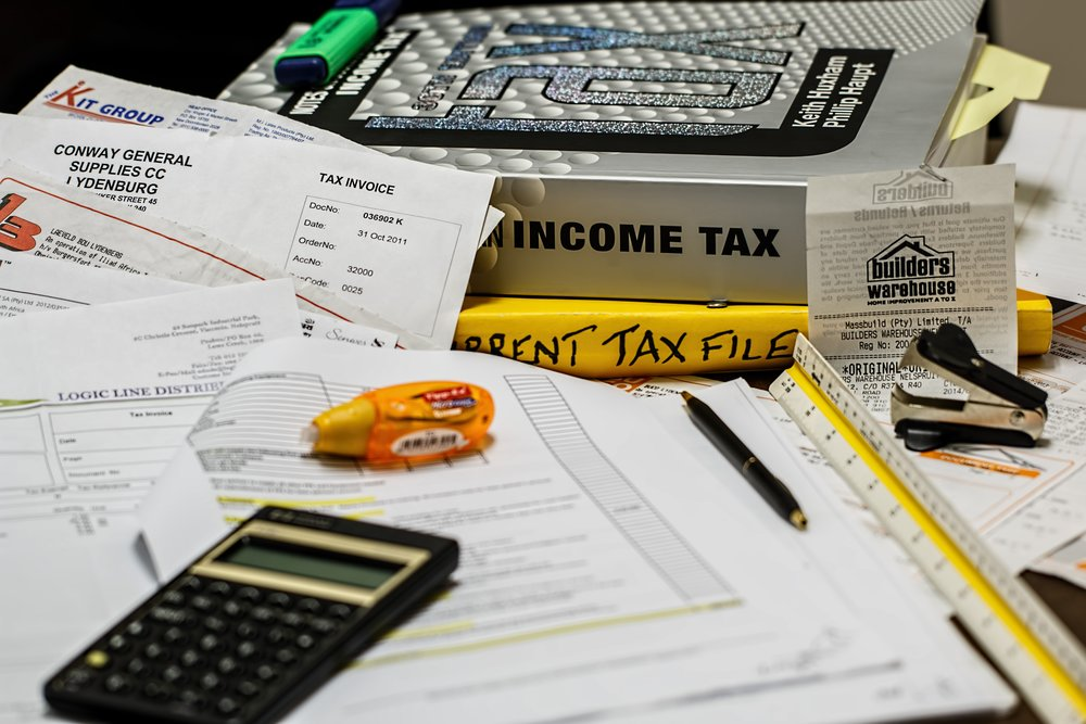 calculator-tax-receipts.jpg