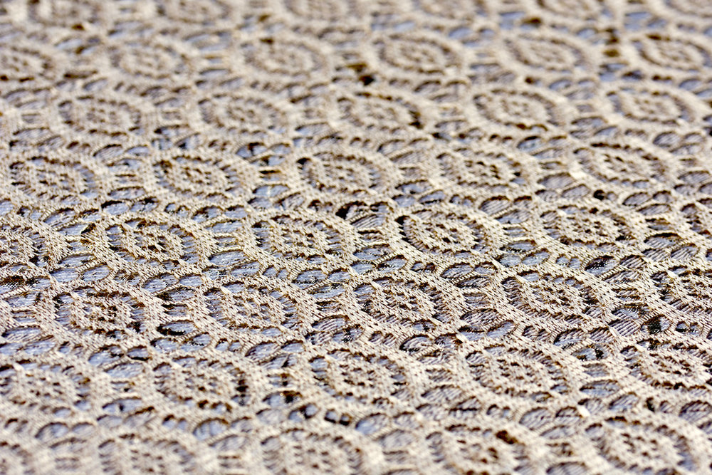 Gold Gatsby Lace Table Cover