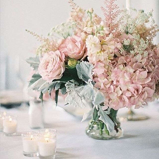 •HYDRANGEAS• Favourite #flowers and could not imagine a colour more gorgeous than #blush •  Feminine & Romantic, coming soon on our blog for our #colourpalette series, watch out for more #stylingtips • #Roses are red, violets are not blue, we'll stick to #hydrangeas, only for you 🌸 • Re-post: @ctinstyle