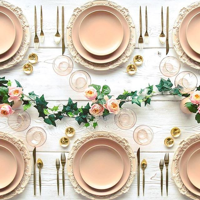 • Gorgeous tablescape • Loving the #blush #crockery and #gold cutlery! •  @casadeperrin  #eventinspo #tablesetting #love #london #tabletassels