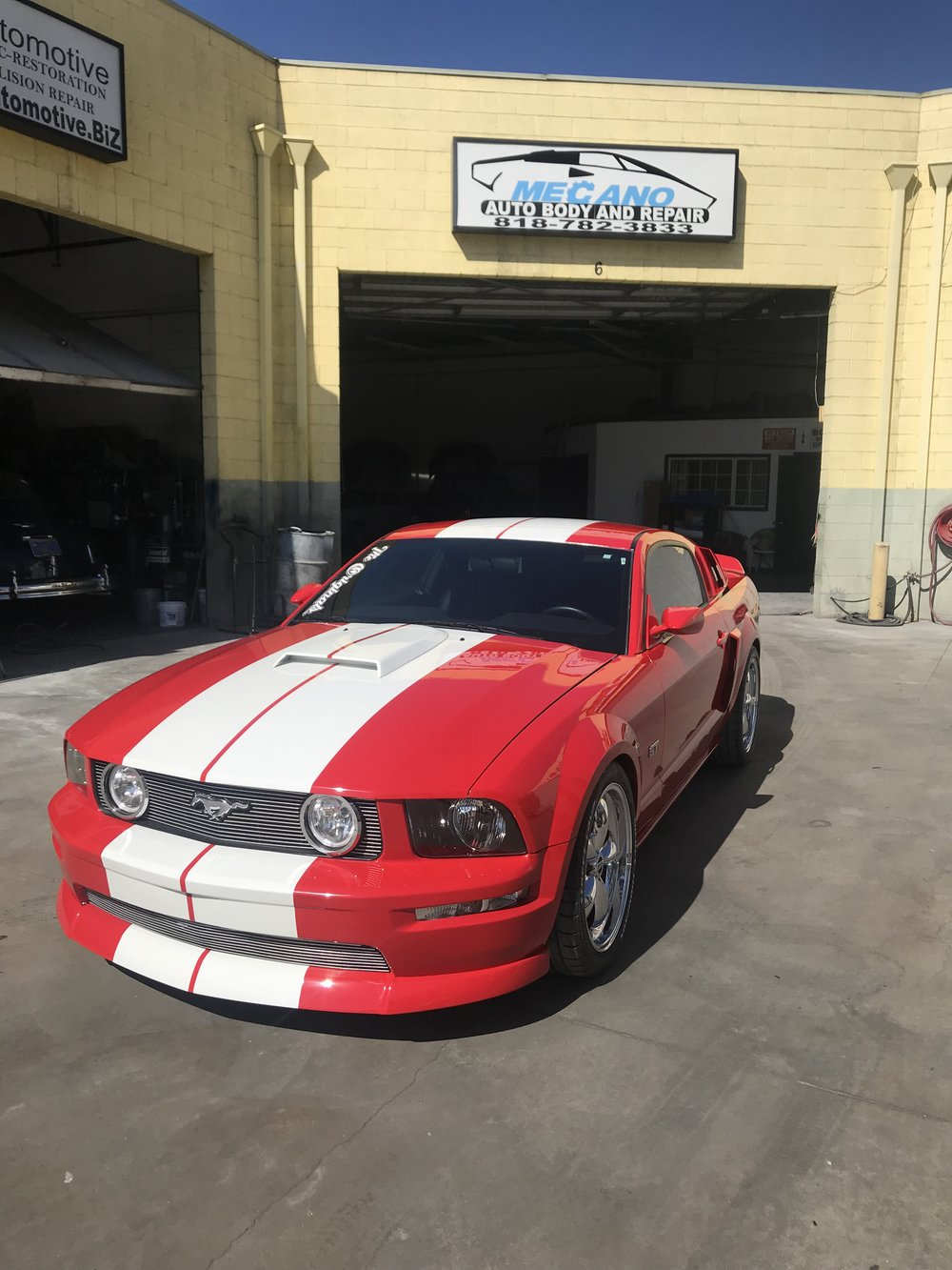 Full Paint Job and Custom Stripes, 2005 Ford Mustang
