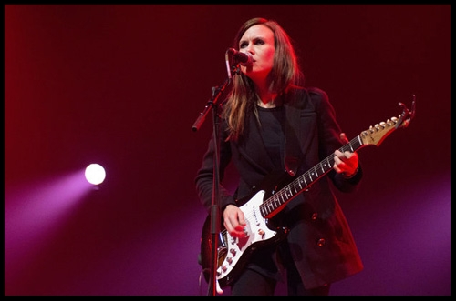 Juliana-Hatfield-live-london-2012-billboard-1548.jpg