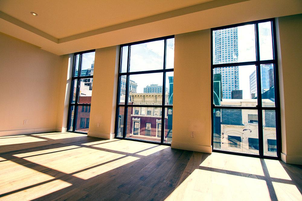 725 Chestnut Street | Unit 3 Living Room