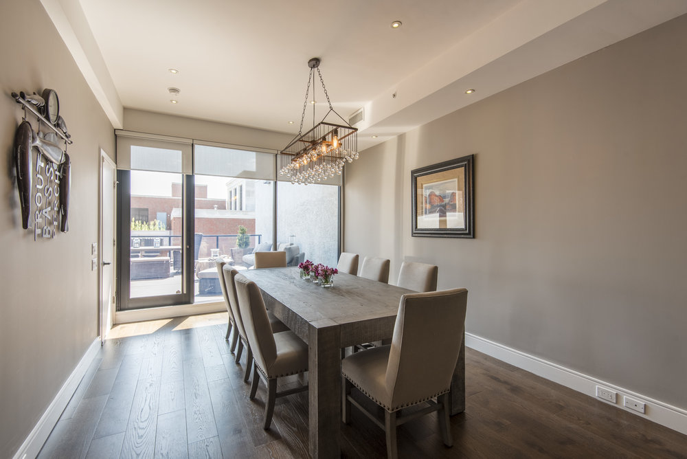 233 Chestnut Street | Penthouse Living & Dining Room