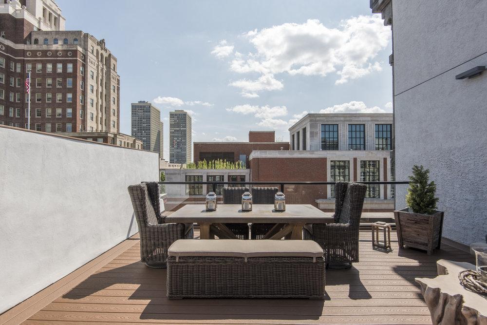 233 Chestnut Street | Penthouse Lower Terrace