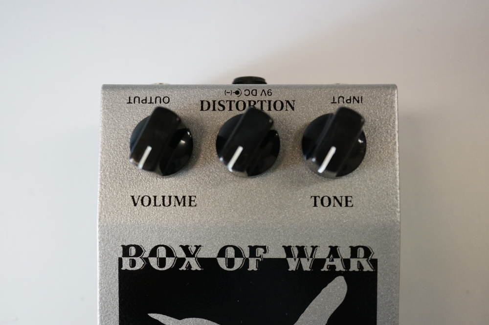 Wren and Cuff Box of War