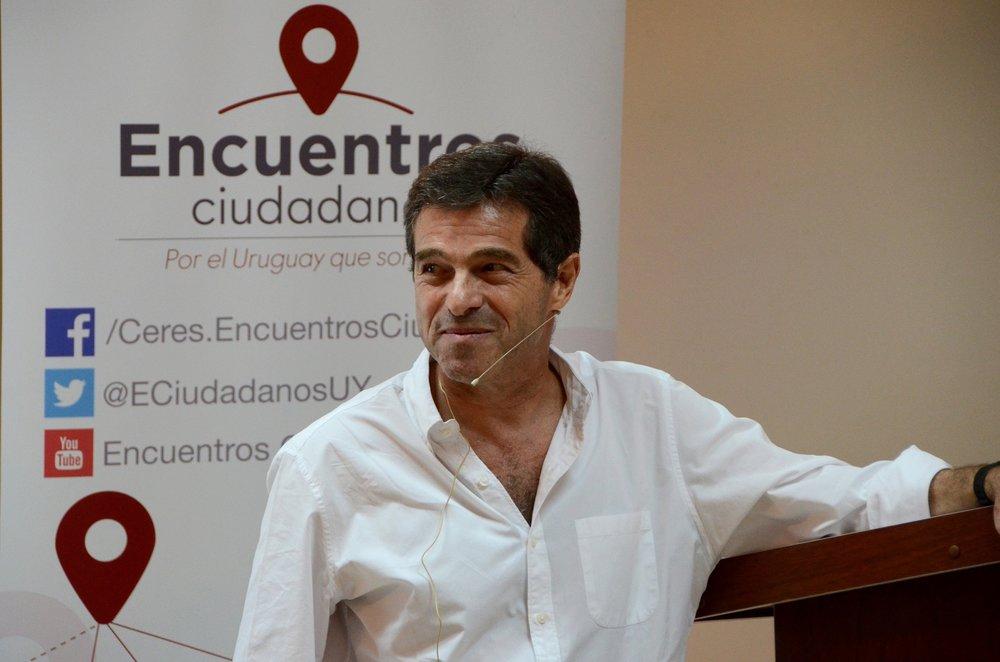 Ernesto - Copy.jpg