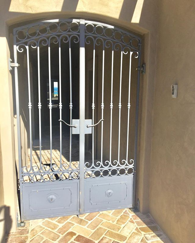 Pedestrian Gates in Ballina#wroughtirongates#bespoke#ironwork#blacksmith#custommade#byronbay#entrygate