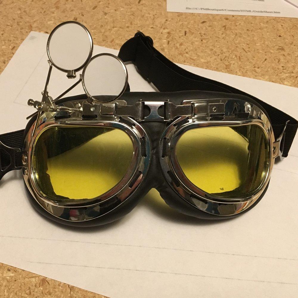 Holtzmann' safety goggles