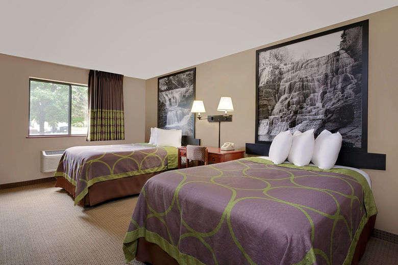 03717_guest_room_4.jpg